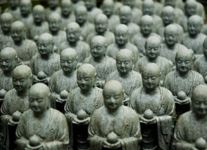Китайские археологи нашли почти три тысячи статуй Будды